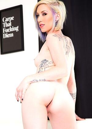 Maia Davis