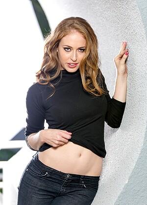 Sweetheartvideo Model