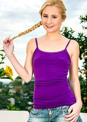 Best Kim Delane Nude Gif